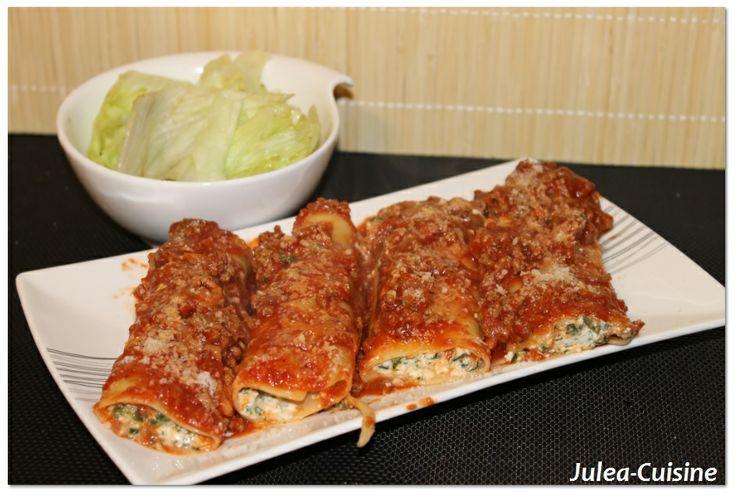 Cannelloni blettes et ricotta http://juleacuisine.blogspot.fr/2014/02/cannelloni-ricotta-et-blettes.html