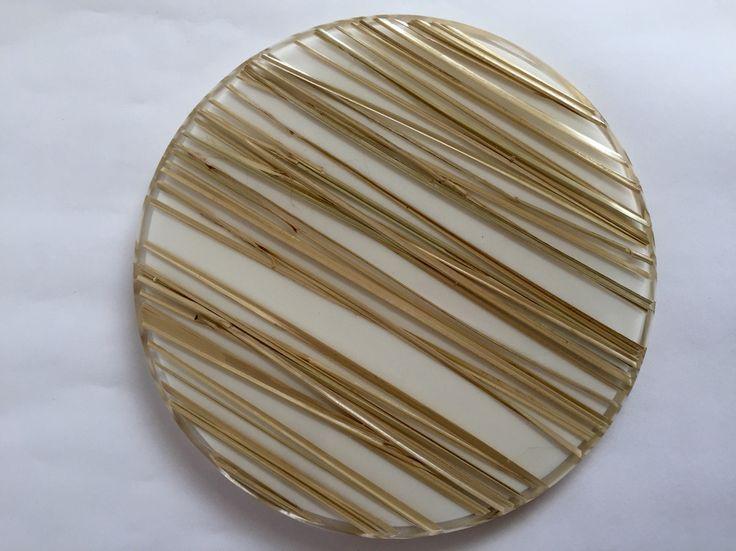 Bandejas y tablas FLO, serving trays, en acrílico divinas para decorar la mesa! Creados por @objetos_flo www.flo.com.co