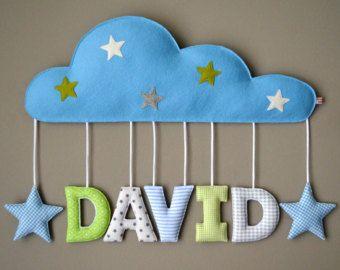 Geschenk Taufe / Geburt: Namensschild Wolke, für kurze Namen mit Sternen, Stoffbuchstaben, Türschild