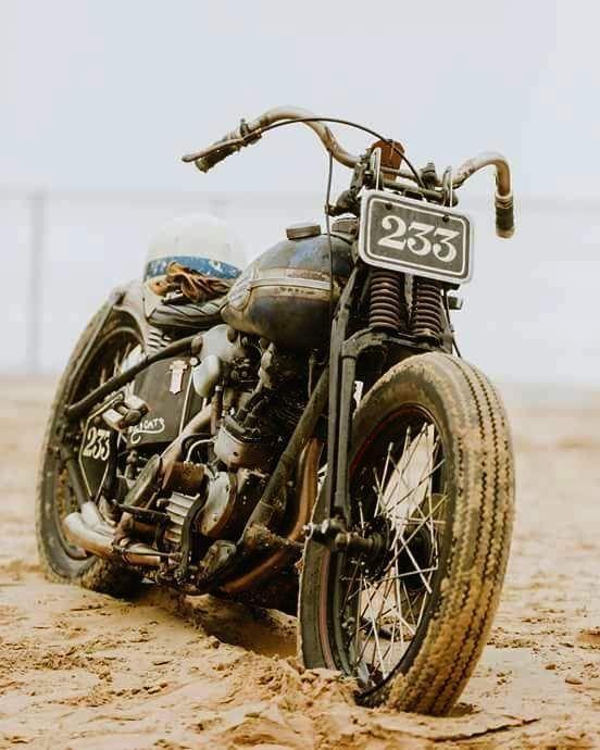 Custom Paint, Art, Motorcycles, Rat Rods, Metal flake, Helmets, choppers, harley davidson, panhead, shovelhead, ironhead, knucklehead, flatthead, mealflake, 70's, #harleyddavidsonpanhead