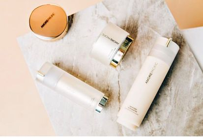 The Chriselle Factor's (Tag) Chriselle Lim turns back the effects of time TIME RESPONSE anti-aging skincare. To see her full review, visit http://thechrisellefactor.com/2016/06/turning-back-time/.