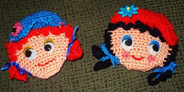 Como hacer broches de crochet con caras de muñeca, tutorial en el que explicamos como hacer divertidos broches de crochet y los materiales que necesitas