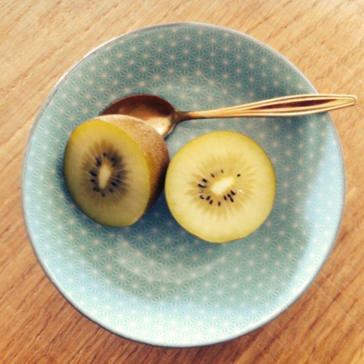 Kiwi in a bowl, lovely patterns