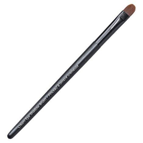 You will love this product from Avon: Avon Pro Cream Eye Shadow Brush