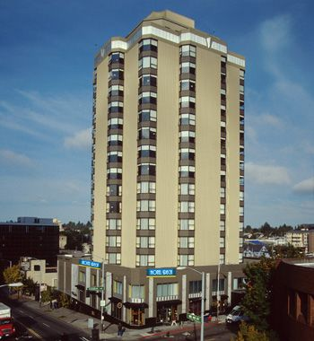 Deca Hotel Seattle - Hotel Booking Deals, Reviews and Overview Online