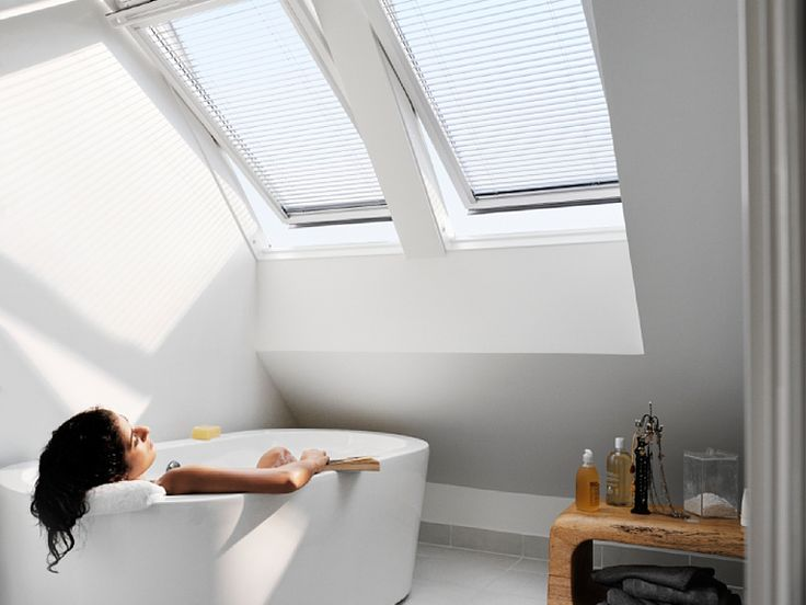 Daklicht in zolder badkamer/droogkamer/berging