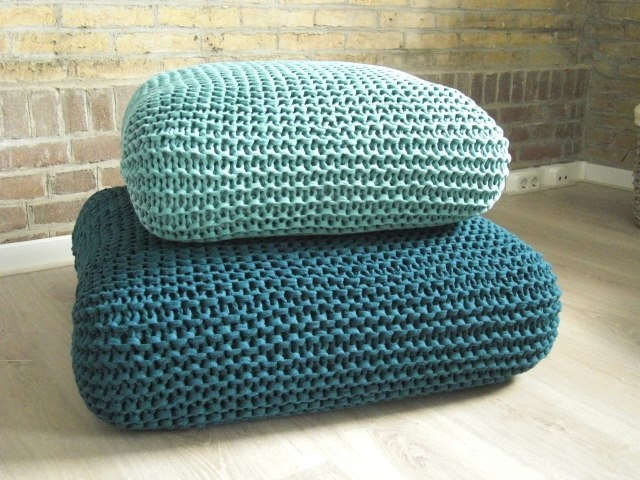 knit zpagetti cushions