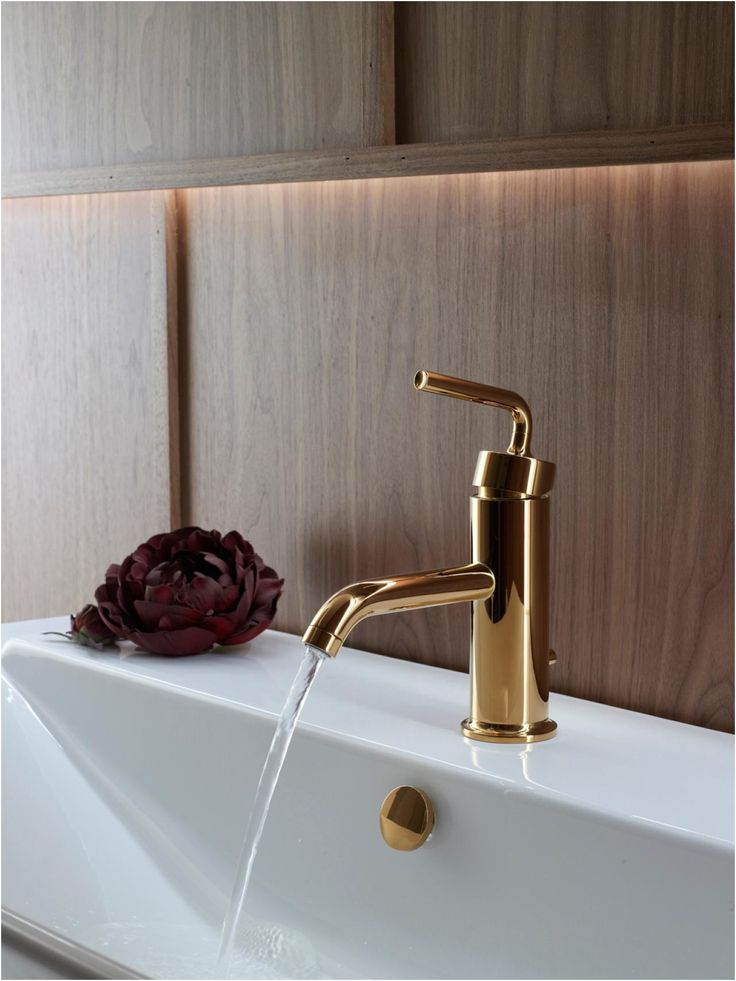 Bathroom Fixtures Showroom Bath Fixture Showrooms Kitchen And From Ferguson