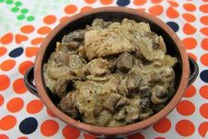 Veprova kyta na houbach s estragonem a hrubozrnnou horcici /Pork leg on mushrooms with estragon and coarse-grained mustard/ Zdravé, nízkosacharidové, bezlepkové recepty. (Healthy, low carb, gluten free recipes.)