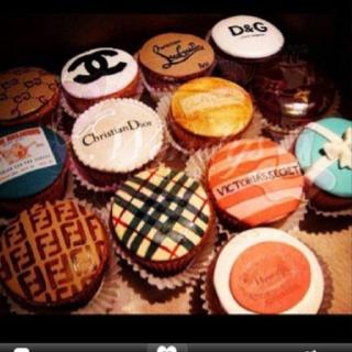 Fashion + food = perfect