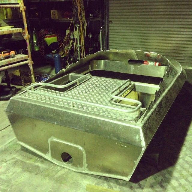 Rail to hold your carcasses on the back. And rear seats either side of engine. #jetdinghy #huntingnz #moreporks #fabrication #alluminium can