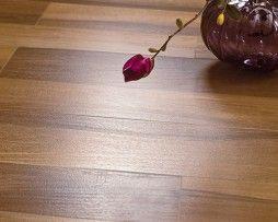 Parchet din Lemn Natural Purple Rain Salsa Art are puterea de a aduce in casa dumneavoastra un ambient placut in care frumusetea, eleganta si luxul se impletesc pentru a forma momente de neuitat.