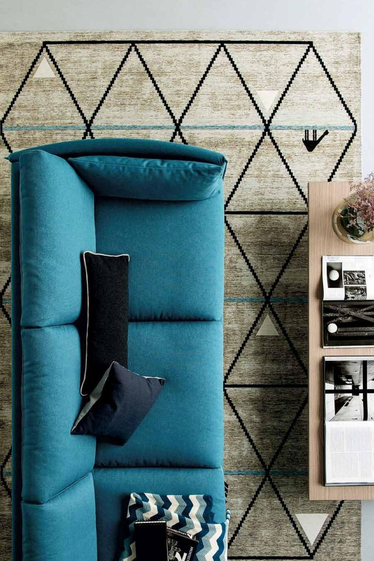 URBAN is a modular sofa combining elegance, simplicity and style with a sober, rational and contemporary design that makes it perfectly suitable for both modern and classic interiors. Find it on www.livingin.sk Distributor of Calligaris design furniture.