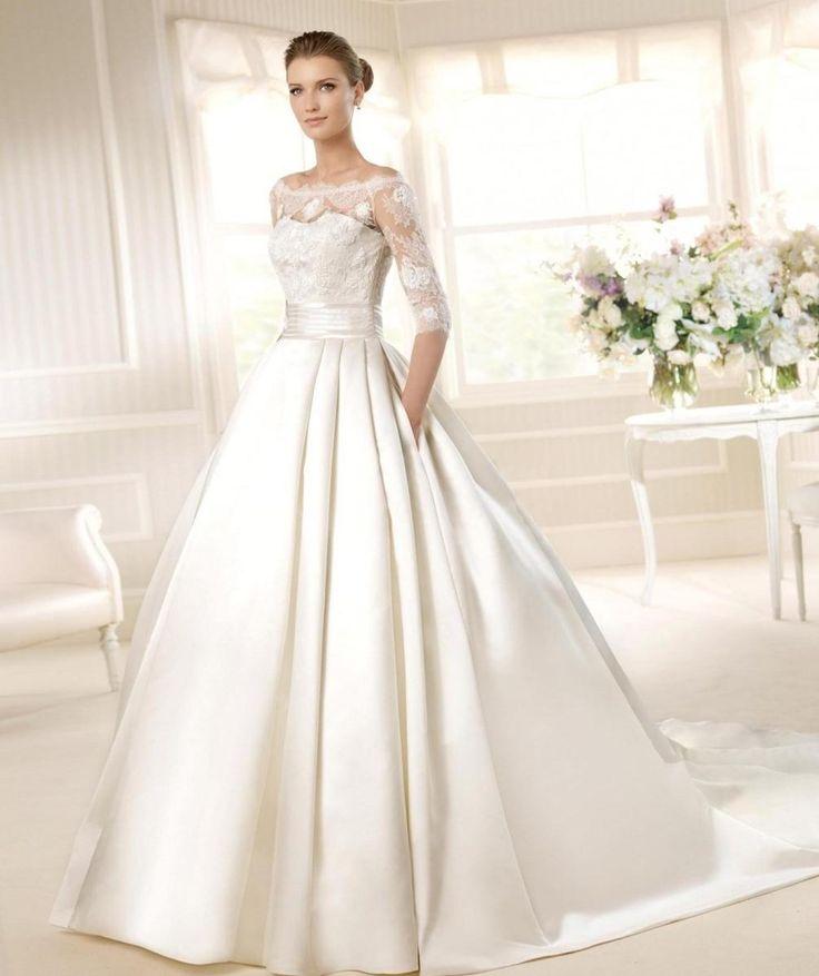 Зимнее свадебное платье - http://1svadebnoeplate.ru/zimnee-svadebnoe-plate-3184/ #свадьба #платье #свадебноеплатье #торжество #невеста