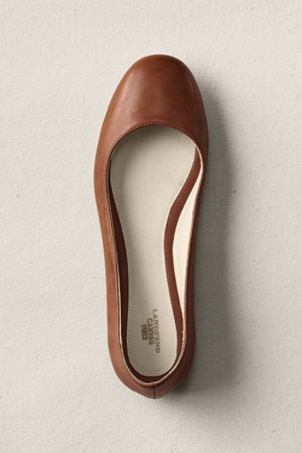 Simple leather flats.