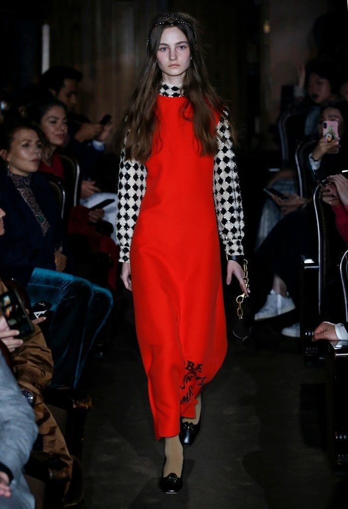 7b9fa0106754 Ready-to-Wear Report  Gucci SS19 Runway + Fall 2018 Gucci Collection ...