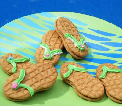 Flip Flop Cookies: Summer Cookies, Nutter Butter, Summer Parties, Cute Ideas, Beaches Parties, Flip Flops, Parties Ideas, Pools Parties, Summer Snacks