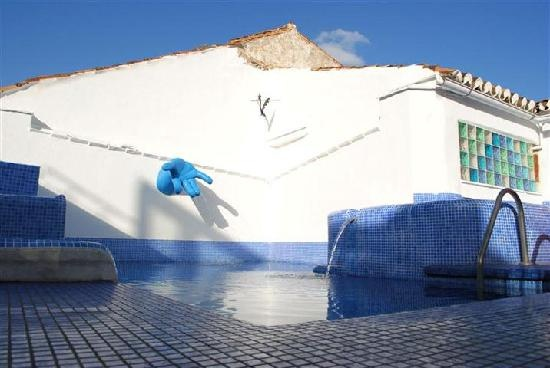 Pool Warehouse Has Been Selling Swimming Pool Kits Online Since 1998 Making Our Company The