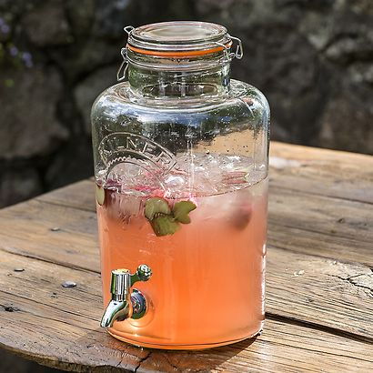 Kilner Drinks Dispenser bei Torquato.de - Ideal für kleinere und größere Gartenpartys. Großvolumiger Glasbehälter, der mit selbstgemachter Limonade...