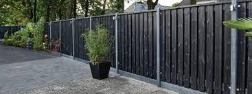 Afbeeldingsresultaat voor beton en houten schutting