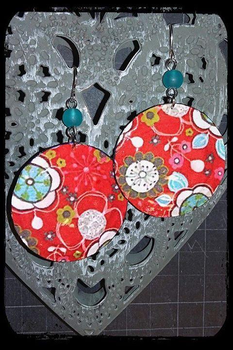 """Boucles d'oreilles """"Bohême"""" - Capsules de Bouteilles aplaties - perles de verre turquoise : Boucles d'oreille par fifille-brin-d-acier"""
