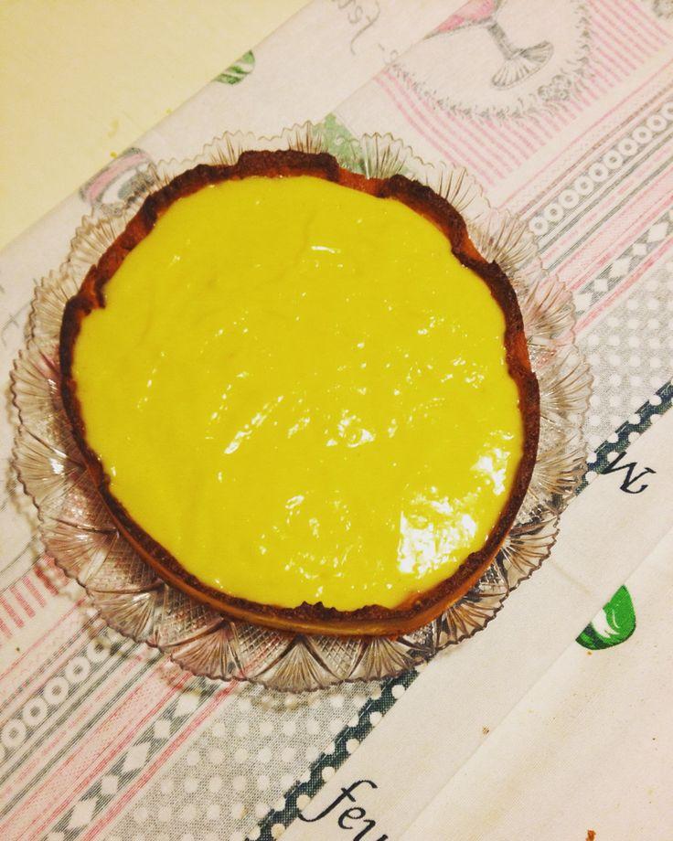 Crostata con frolla al rosmarino e crema di limoni
