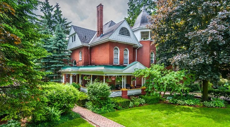 Grandville Manor B&B, one of Stratford's most Gracious and Historic Victorian homes for your Getaway Accommodation or Group Function. ``Come Home and Stay A While``.