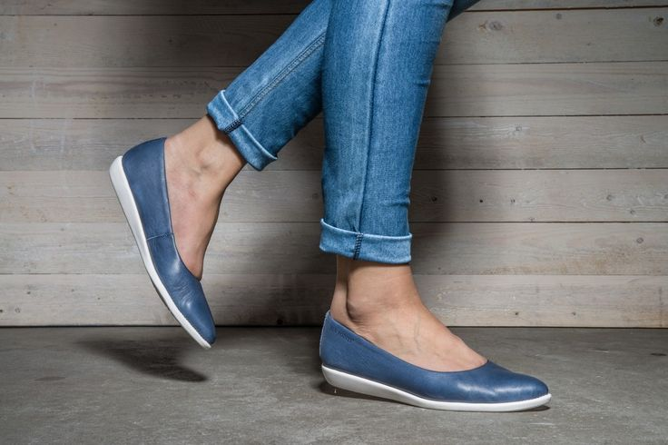 TEA Ballerina Shoe via Ten Points webshop. Click on the image to see more!