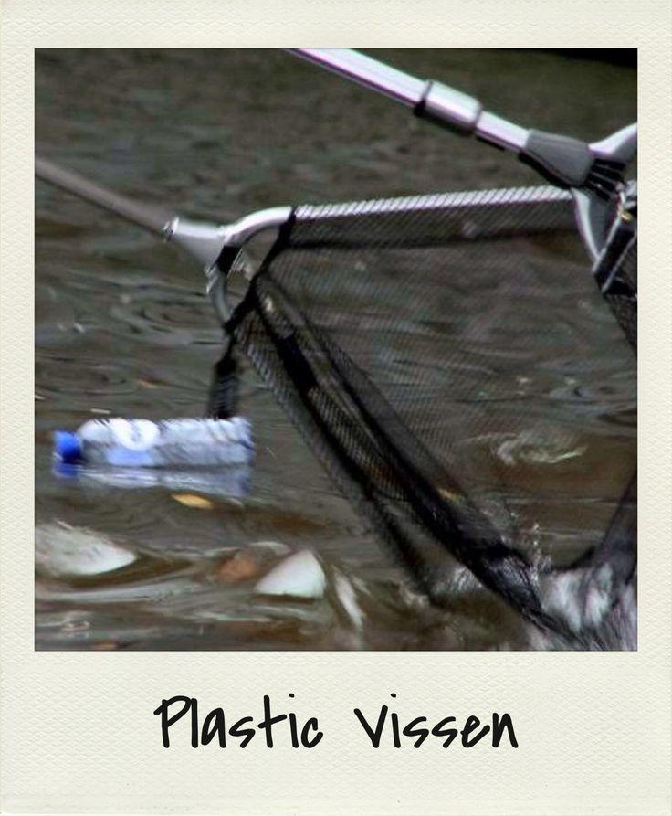 afval-uit-het-water-halen oftewel Haarlem-Plastic-Vissen
