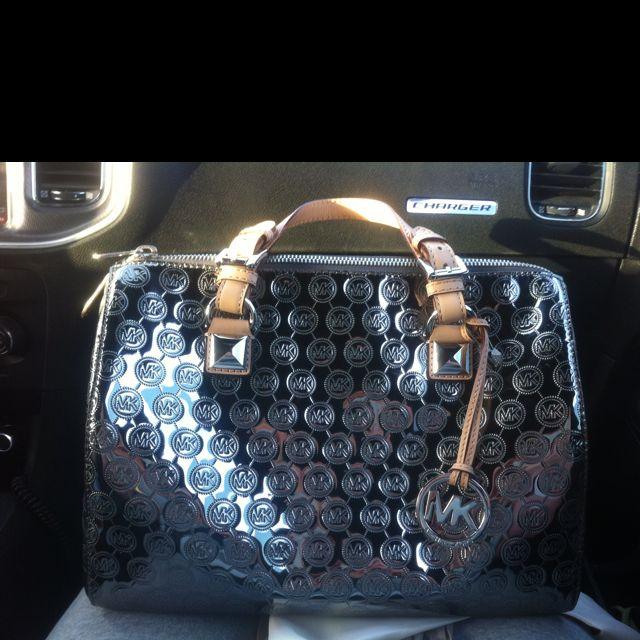 black michael kors purse tj maxx older michael kors sales assistant job description