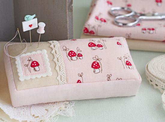 how adorable is this  pincushion