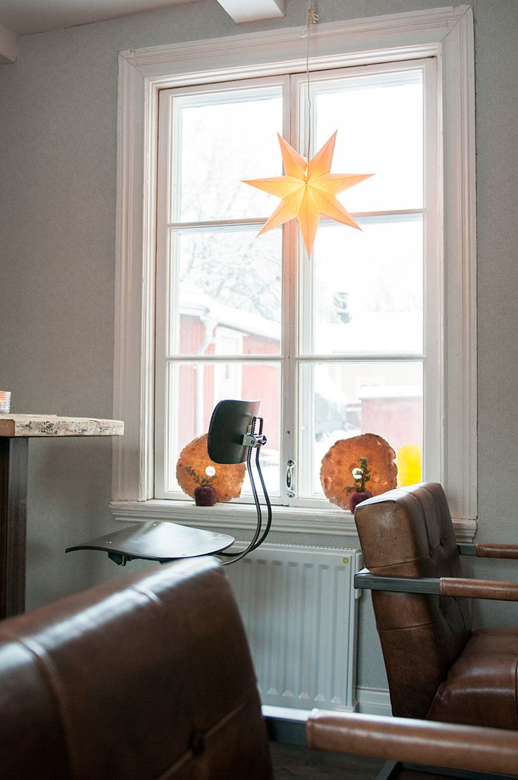 Elradiator Yali Digital i gammalt 1700-tals hus. Café Skorpan, Jakobstad.