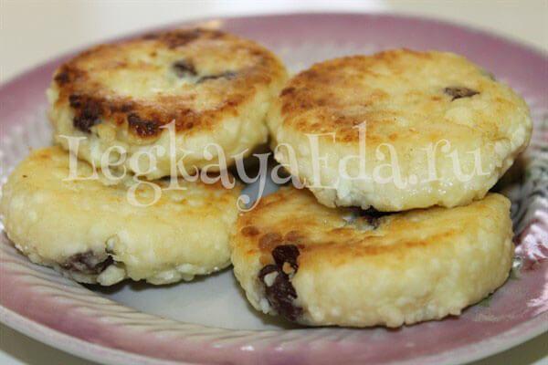 Сырники (творожники) пышные и вкусные: фото и видео рецепт классический на сковороде. Как приготовить сырники из творога быстро и просто?