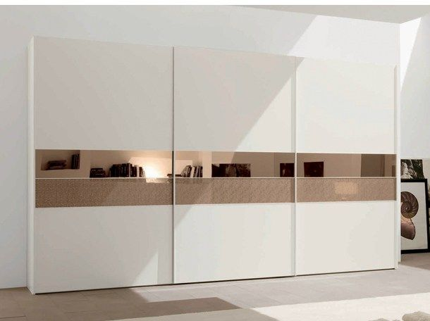 Design lacquered wooden wardrobe with sliding doors FLIPPER Armadio scorrevole Collection by Europeo