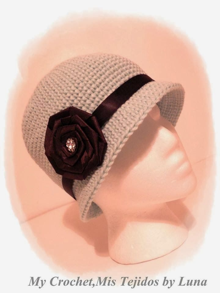 Cloche Hat***Gorro Cloche***Materials / MaterialesHook # G /6.0 M USA / Gancho # 6.0 MAcrylic Yarn/Lana Acrilica...