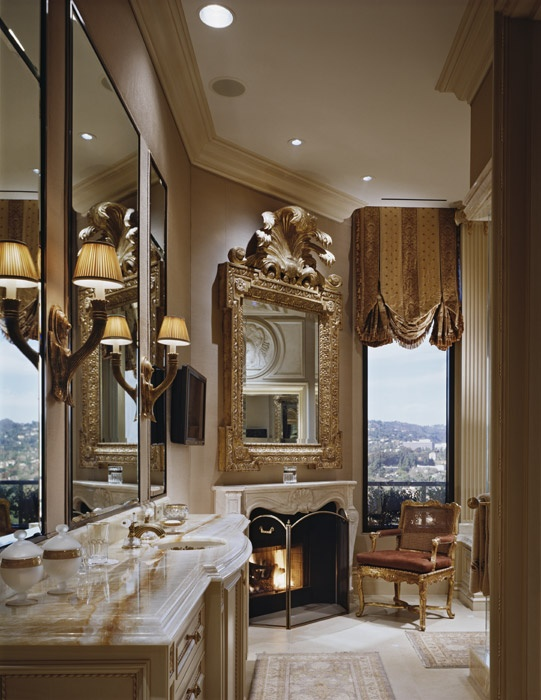 luxurious bathroom with fireplace - Luxury Bathrooms With Fireplaces