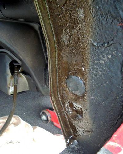 Læs alt om undervognsbehandling og rustbehandling af din bil.