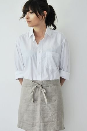 Fog Linen Cafe Apron  http://www.fenandned.com   I wear the bib ones to garden in -Fog the best