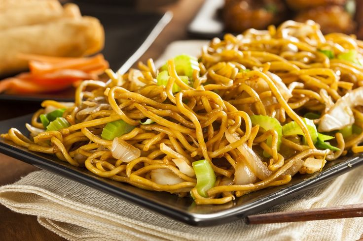 Welcome to my latest Instant Pot recipe and today is all about how to make a delicious Instant Pot vegetable chow mein.