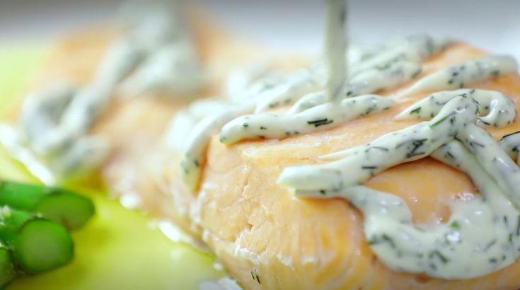 #SALMÓN POCHE CON #ADEREZO DE #ENELDO¡Delicioso Salmón Poche!