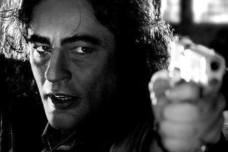 "Benicio Del Toro (February 19, 1967 - ) as Jackie Boy in ""Sin City"", 2005 #actor #still"
