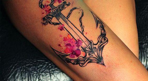 Tatuadora russa Pis Saro