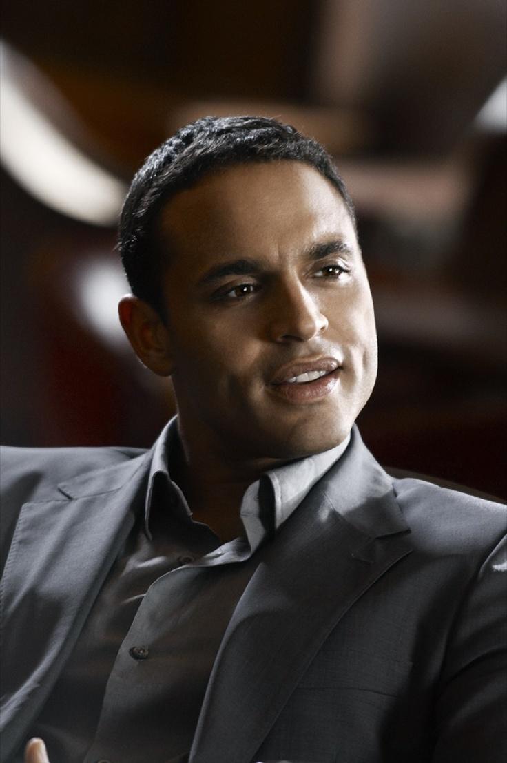 Daniel Sunjata.  Loved him in Grey's Anatomy  Love him more in Graceland!!
