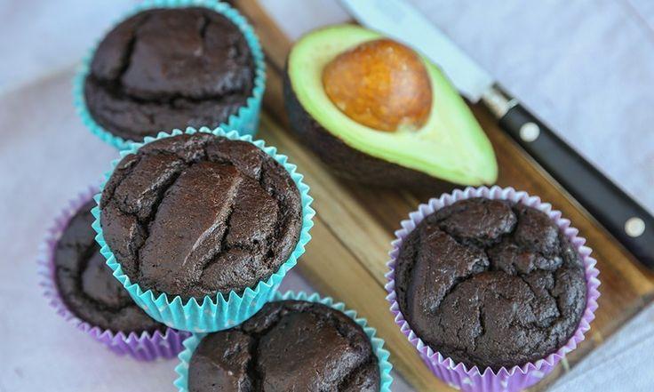 Vil du ha litt sunnere muffins, må du prøve sjokolademuffins med avokado. Barna mine slukte avokadomuffinsene uten å stille spørsmål, forteller bloggeren.