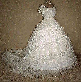 Civil war era wedding dresses silk evening gowns or ball for Civil war style wedding dresses