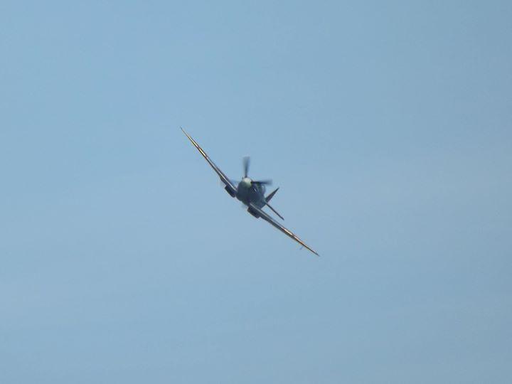 Eastbourne Airshow - 13/08/2016 - Supermarine Spitfire Mk.9