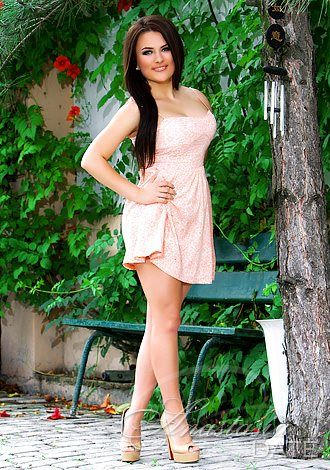 Photos of Ukraine single: Inna from Bilhorod-Dnistrovsky, 23 yo, hair color Brown