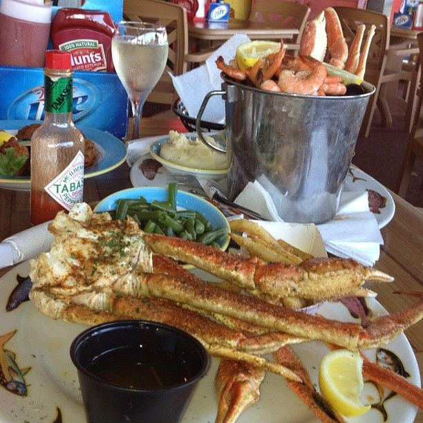 Crabby Bill's Seafood in Clearwater, Florida. Been here and the seafood is Yummy!!