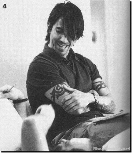 anthony kiedis, always going to be my favorite. i love you so damn much