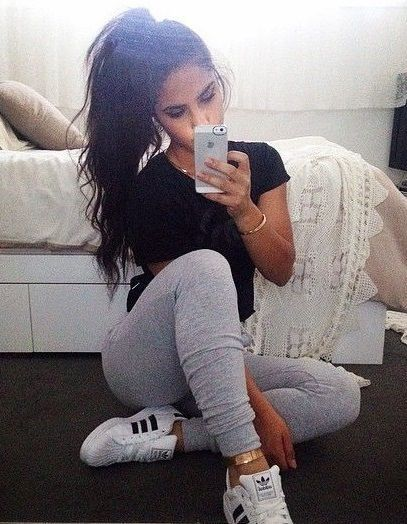 5 Cute Pairs of Sweatpants to Save You From Finals Week | http://www.hercampus.com/style/5-cute-pairs-sweatpants-save-you-finals-week